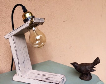 Mini desktop/bedside table lamp
