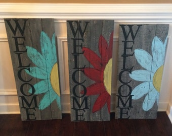 Welcome pallet wood