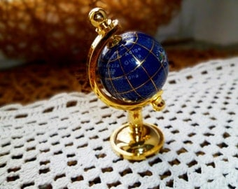 Souvenir small globe map Italy