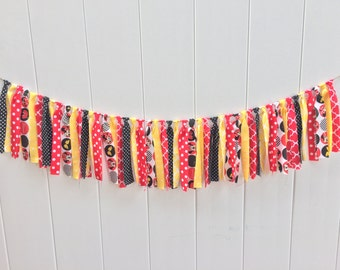 Minnie Mouse fabric banner, Minnie Mouse banner, Minnie Mouse birthday, photo prop, highchair banner, fabric banner, scrappy banner