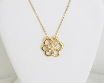 Blossom Pendant Necklace