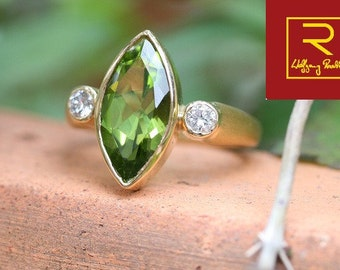 Ring with Peridot diamond
