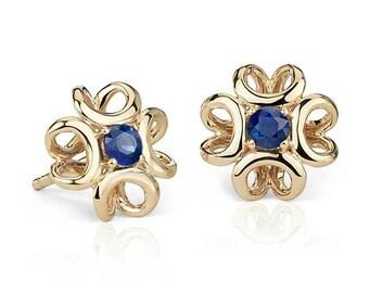 14k Gold Sapphire stud earrings. Sapphire stud. Gold earrings. Sapphire earrings. Original earrings. Gemstone earrings. Flower earrings.