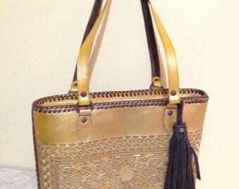 Bag leather artisan