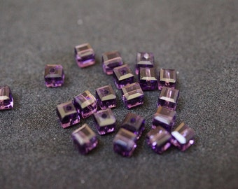 20 CUBES 4 mm violet Crystal