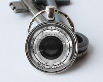 Keychain camera lens Camera keyring Photographer gift Camera lens jewelry Camera lens pendant Lens key ring Camera keychain Silver lens