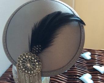 Feathers & Vintage - #13