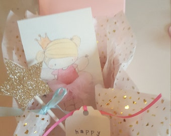 Paisley and pea's small gift box with mini wand and print