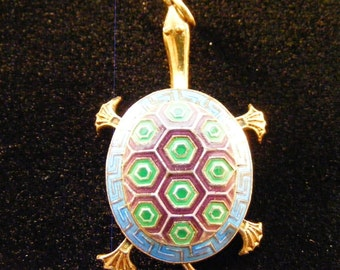 Cloisonne turtle pendant with moving limbs