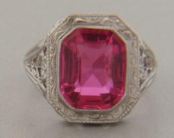 Ladies 10kt White Gold Die-Struck Filigree Ring
