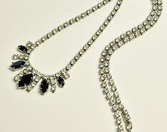 Pretty Vintage Rhinestone Necklace/Choker