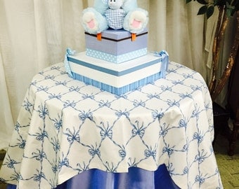 Table cloths & center piece for baby shower