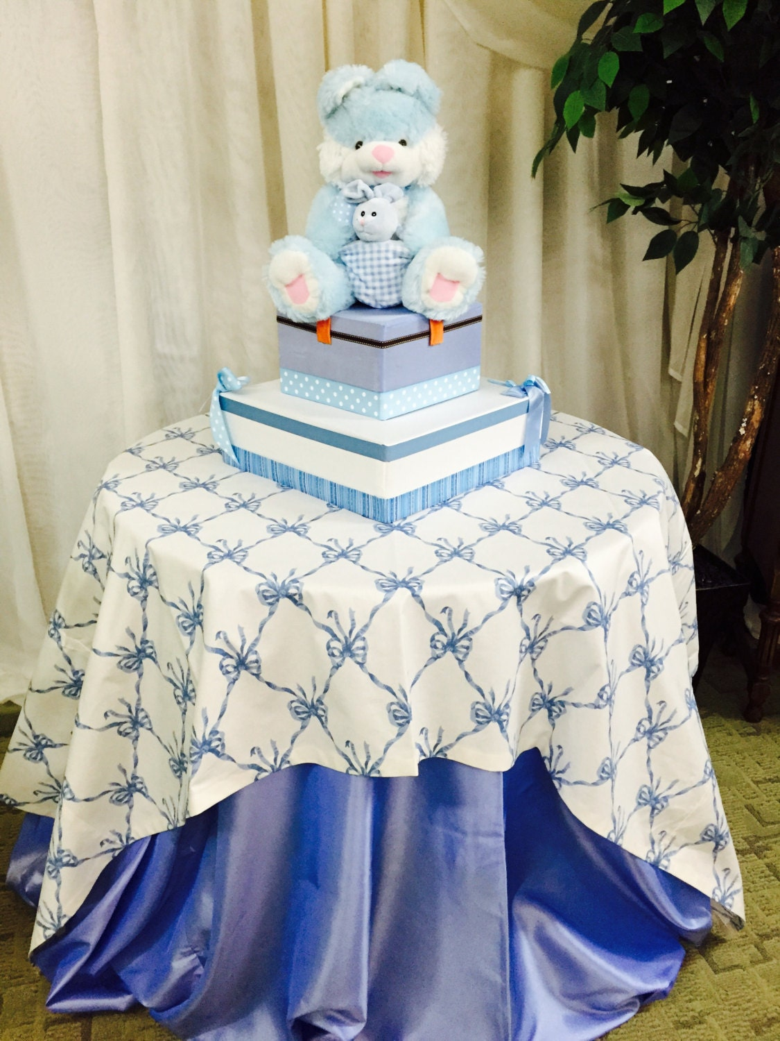 table cloths center piece for baby shower by dinaslinens on etsy