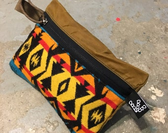 Waxed Canvas Pendleton Clutch (large)