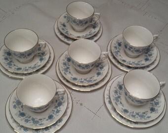 Colclough Braganza tea set