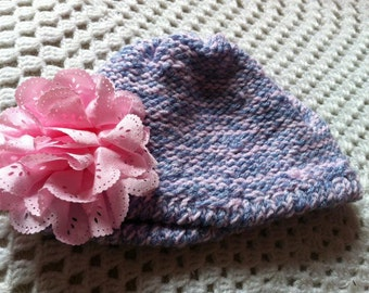 Girls pretty pink hat