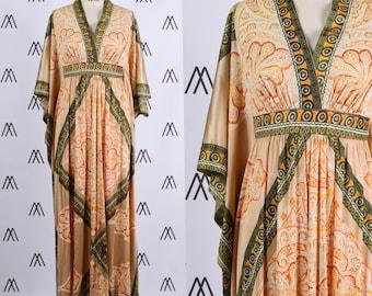 1970s Medallion Printed Batwing Caftan Dress