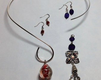 Interchangeable Neckwire Necklace, includes 2 Pendants with matching Earrings