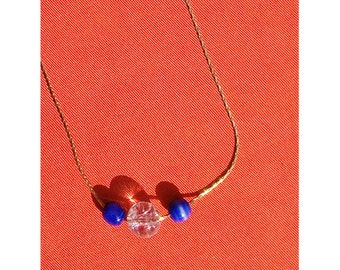 Short necklace with semipresious stones