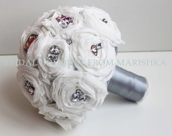 Brooch bouquet for the bride