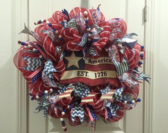 Patriotic wreath, 4th of July, summer wreath, Veterns Day, Memorial Day,Red white and blue, flag, Americana, service, glitter ribbon