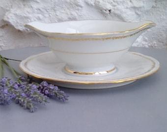 French porcelain sauce boat, gravy dish, saucière, bowl.