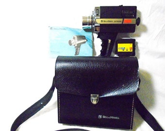Vintage 1974 BELL & HOWELL Super 8 675/XL Director Series Autoload Movie Camera