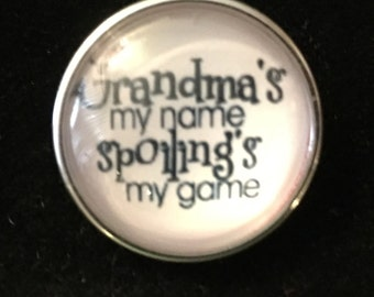 Grandma Snap - Says, Grandma's my name spoiling's my game!   Fits all snap jewlery - 20mm
