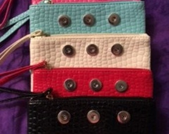 Various Colors of Interchangeable Snap Hand Purses - Great for your Phone and Wallet - Takes 18mm or 20mm Snaps