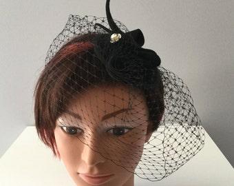 Bibi, fascinator, with veil, felt fur, classic millinery, color black, vintage style Pearl