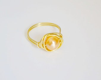Yellow pearl ring Pink pearl ring Gold ring Wire wrapped ring, Gold plated ring Majorica pearl ring Beaded ring Handmade ring Gift ring
