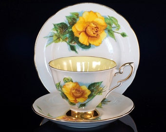 """Paragon China Harry Wheatcroft """"Mme Ch Sauvage"""" 6 Famous Roses Trio - Cup, Saucer, Plate"""