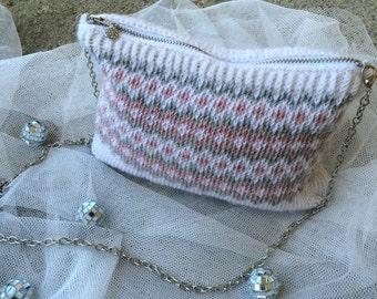 Knitted alpaca-purse
