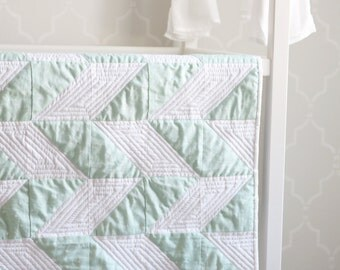 Modern Baby Quilt. Baby Quilt. Herringbone Quilt. Baby Blanket. -->>The Cory<<-- Quilted Baby Blanket. Modern Quilt. Mint Green Quilt.