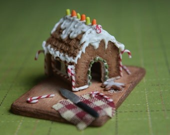 1:12 Scale Miniature Ginger Bread House