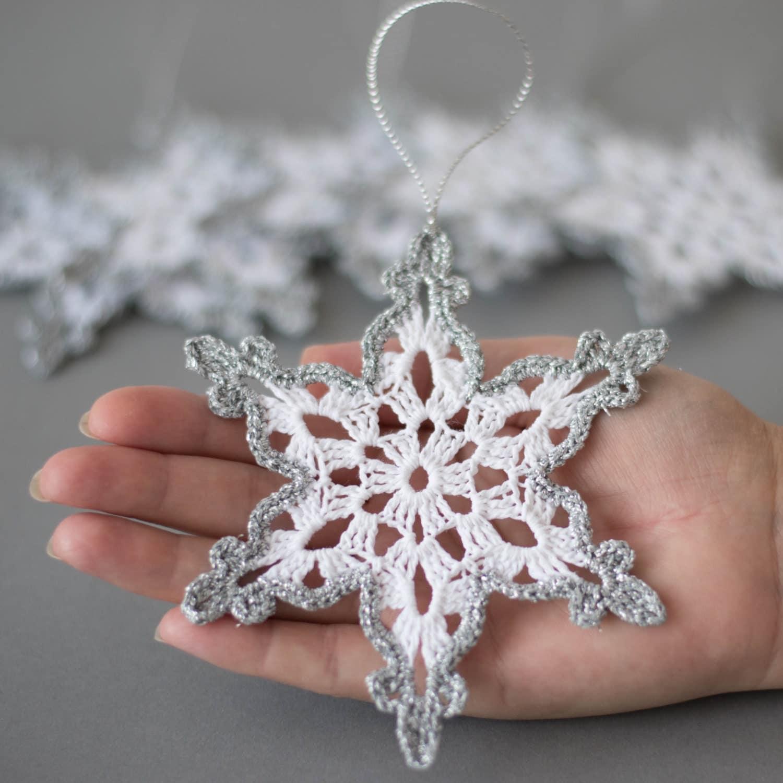 Crochet Snowflakes White Silver Decor Christmas Tree Ornament
