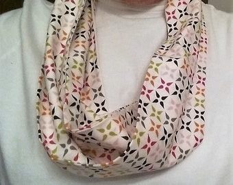 Lightweight multi-color star pattern infinity scarf