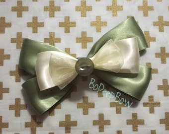 Tiana Inspired Disney Bow