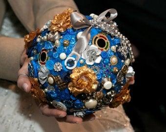 Button Bouquet Ball