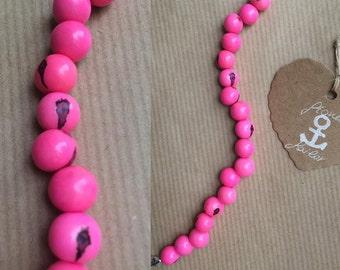 "Natural seeds bracelet ""Acai"" Fuchsia"