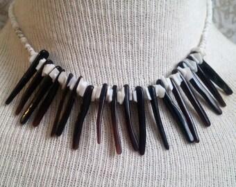 Vintage spike sea shell bead necklace