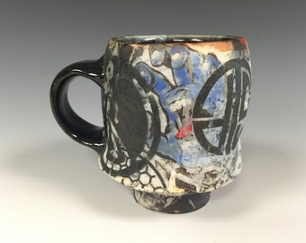 color footed mug