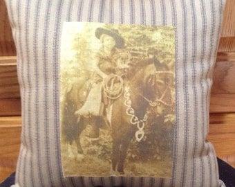 Pillow w/Vintage Picture