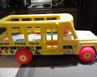 Vintage fisher price #192 school bus