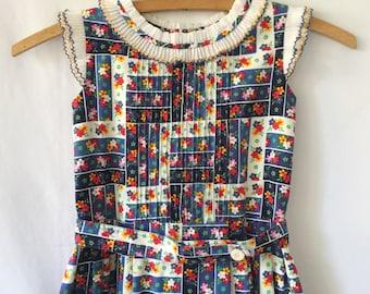 Adorable girls vintage dress