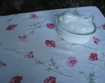 50's Vintage Red Poppy on White Linen Tablecloth