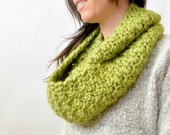 Chunky Crochet Infinity Scarf Pattern, Big Crochet Scarf, Easy Crochet Scarf Pattern, Fall Crochet Pattern, Winter Crochet Project