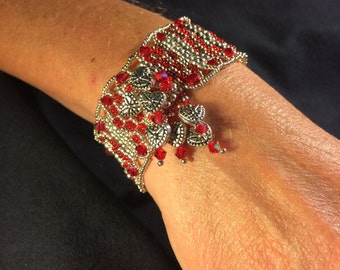 NO 44 Hand woven glass and crystal bracelet