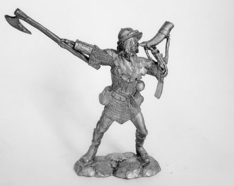 Tin miniature. Pewter sculpture. Tin soldier. Middle Ages. Knecht of Teutonic order, 13 century. Scale is 1/32