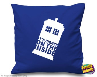 Doctor Who - Pillow Cushion Cover - Inspired TV Time Traveller character - The Tardis is bigger on the inside!